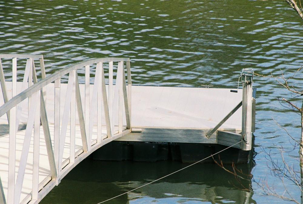 Specialized sheave reboarded for custom marine & Wahoo Dock boat dock application